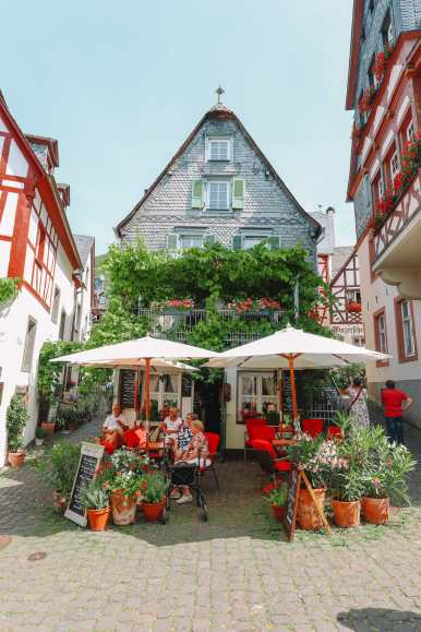 The Gorgeous Little Town Of Beilstein and The Amazing Eltz Castle In Germany (8)
