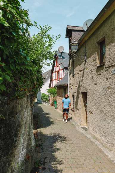 The Gorgeous Little Town Of Beilstein and The Amazing Eltz Castle In Germany (13)