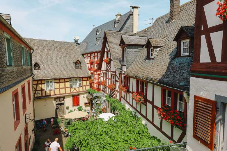 The Gorgeous Little Town Of Beilstein and The Amazing Eltz Castle In Germany (19)