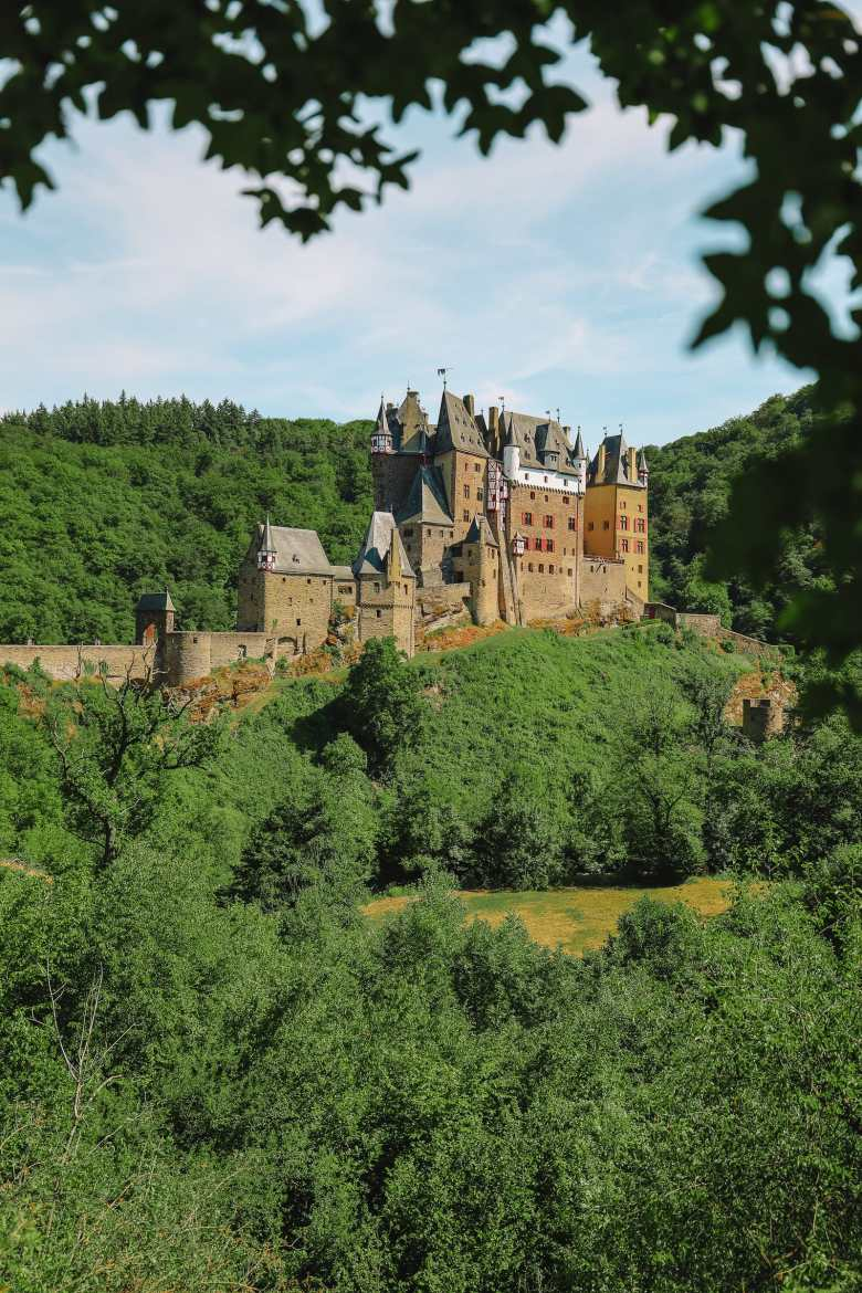 The Gorgeous Little Town Of Beilstein and The Amazing Eltz Castle In Germany (34)