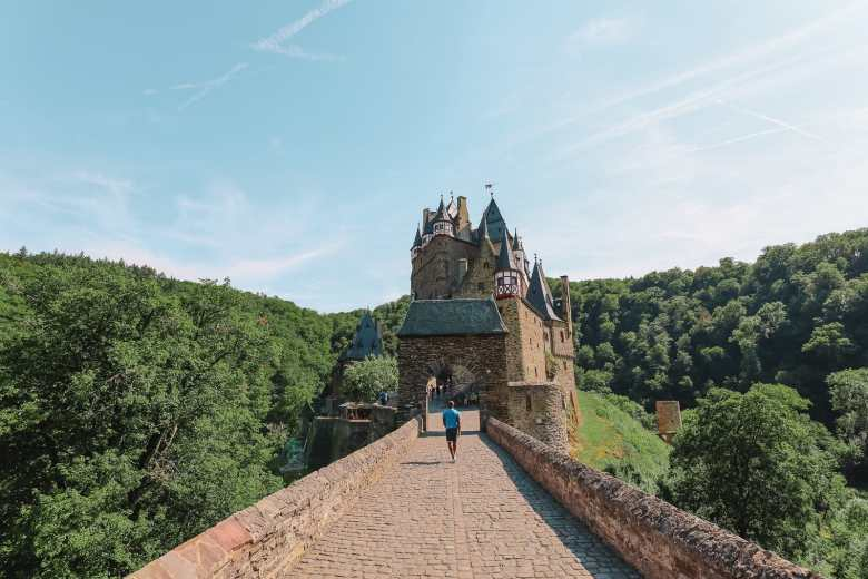 The Gorgeous Little Town Of Beilstein and The Amazing Eltz Castle In Germany (37)