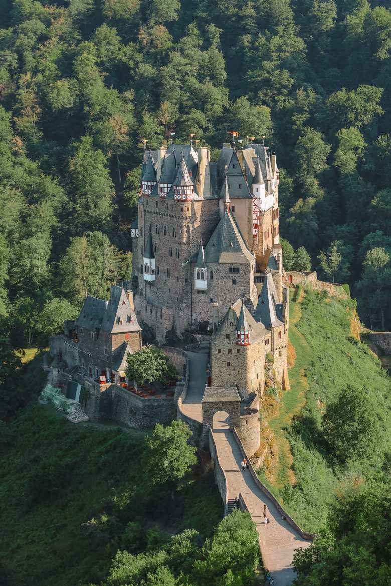 The Gorgeous Little Town Of Beilstein and The Amazing Eltz Castle In Germany (57)