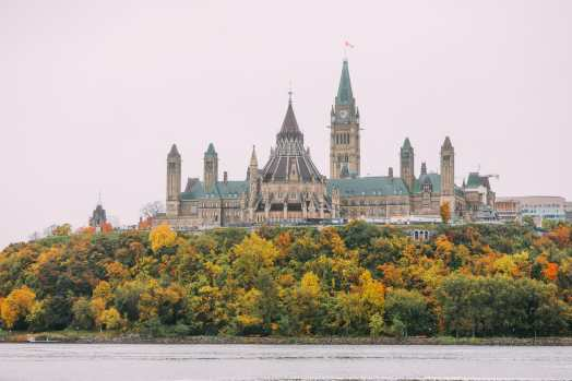 Visiting The Parliament Of Canada (11)