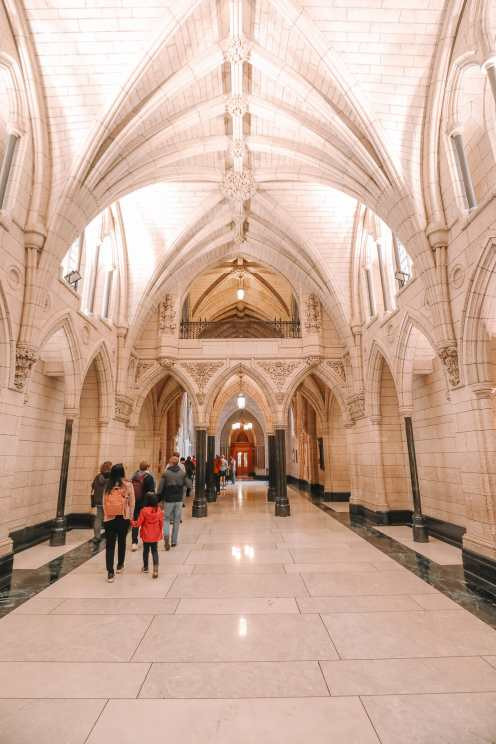 Visiting The Parliament Of Canada (20)