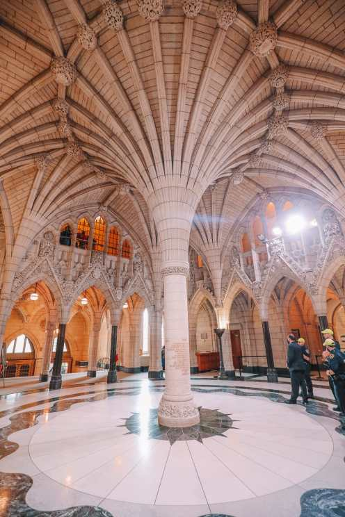 Visiting The Parliament Of Canada (28)