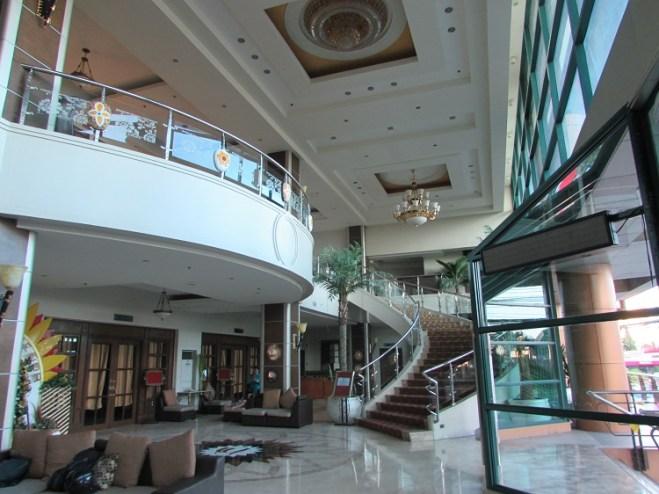sarrosa-hotel-%e3%83%ad%e3%83%93%e3%83%bc