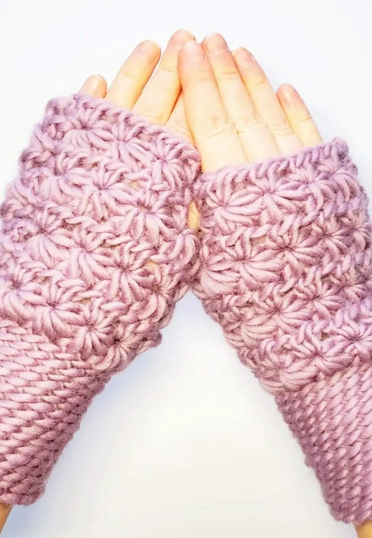 How to crochet fingerless mittens