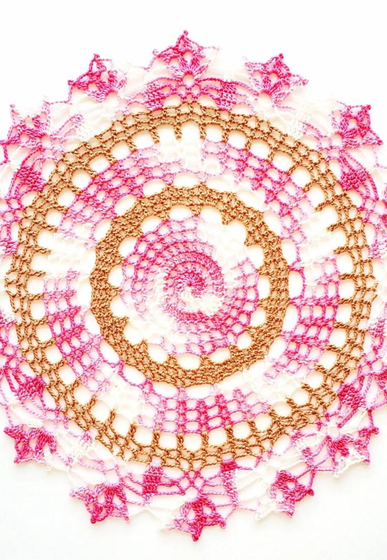 How to crochet Cherry Blossom Doily