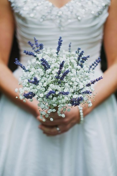 elegant-lavender-wedding-bouquet-with-gypsophlia tulle and chantily