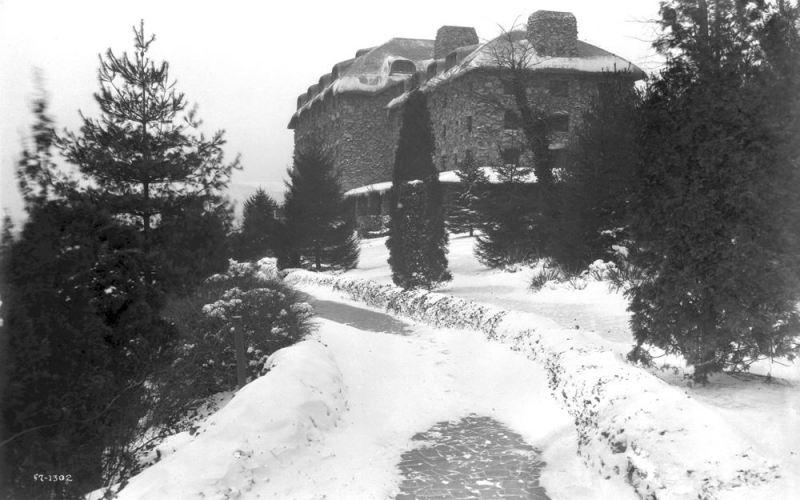 Snow at the Grove Park Inn in Asheville, NC