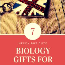 biology gifts for her