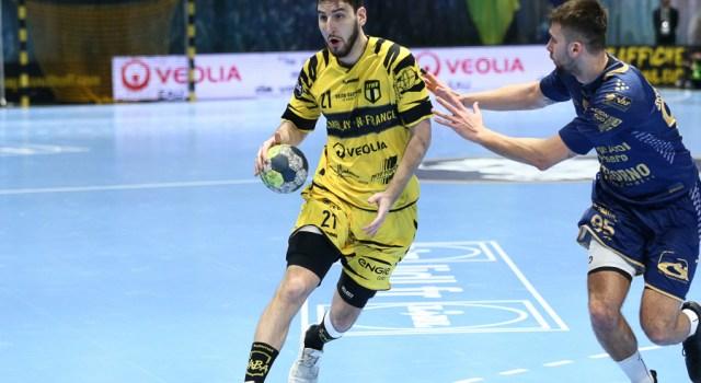 Luka Brkljacic signe à Doha