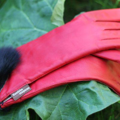 Handsker med rævedetalje