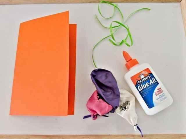 It's easy to make your own DIY balloon birthday card to give to friends and family.
