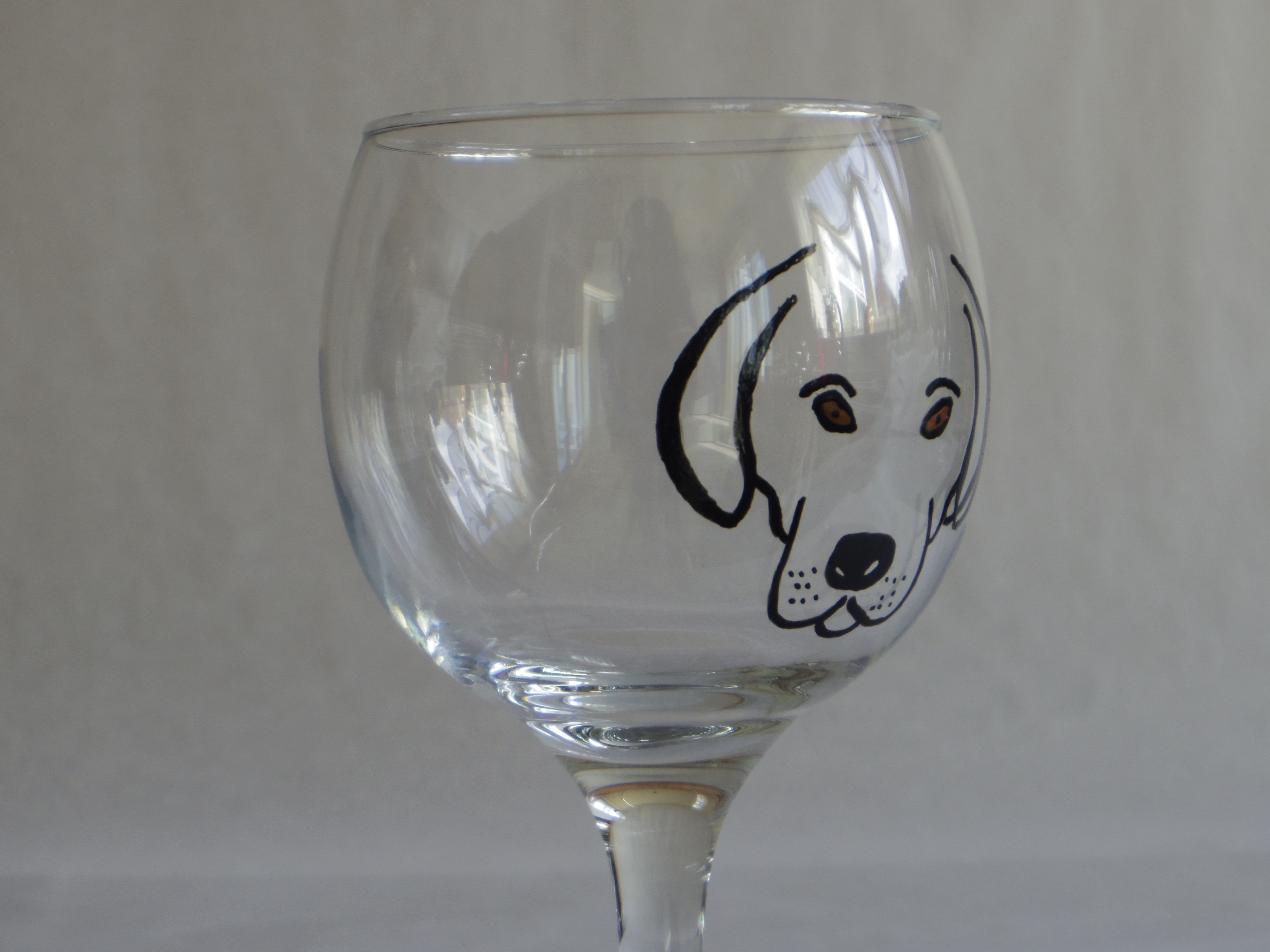 Perfect Dog face wine glass- with brown eyes – HandyCreations WC07