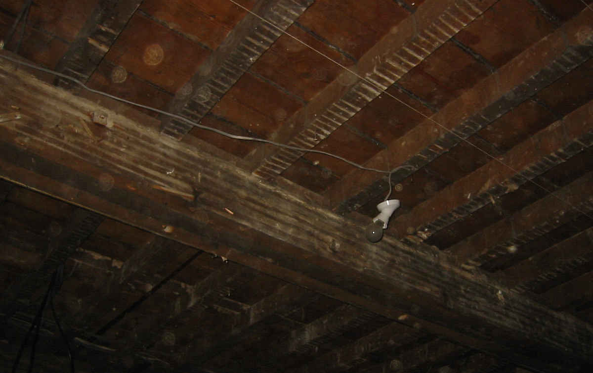 Gypsum Lath And Plaster : How to take down lath and plaster ceilings mess all