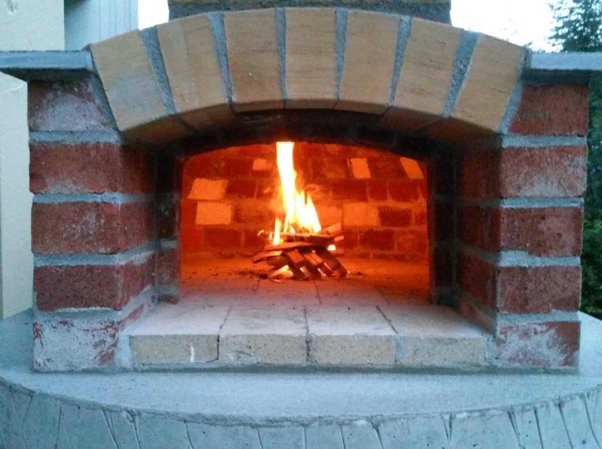 wood burning pizza oven build small wood fired pizza oven 75cm 30 quot handycrowd 10598