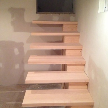 Fully installed floating stairs