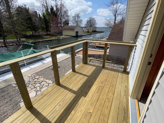 Custom decks & railings for lake houses