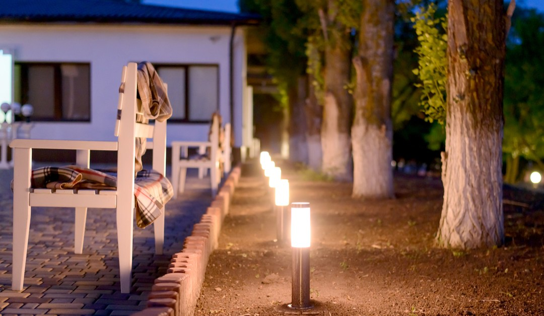 5 Best Outdoor Solar Lighting Options Of 2020 Reviews The Wise