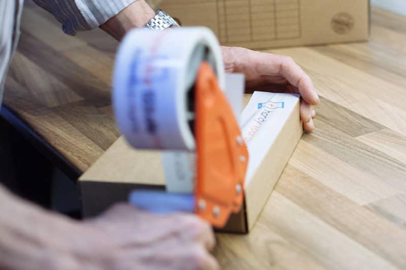 handyreparatur123 bietet einen kostenfreien, versicherten Hin- & Rückversand an