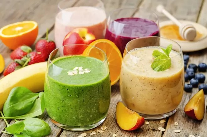 bigstock-Smoothie-With-Spinach-Blueber-91825322-660x437