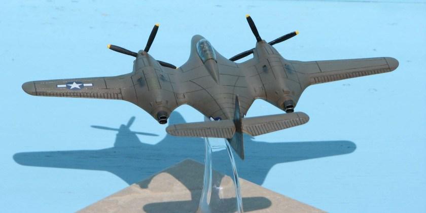 Moonbat 19_Hangar 47