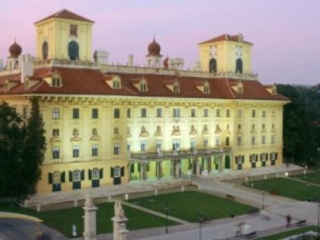 Esterhazy--Schloss-Esterhaz