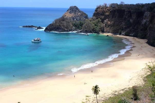 praia-do-sancho-2