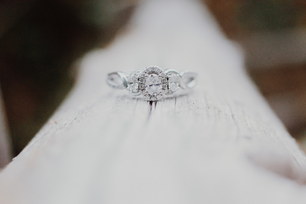 diamond ring, engagement session