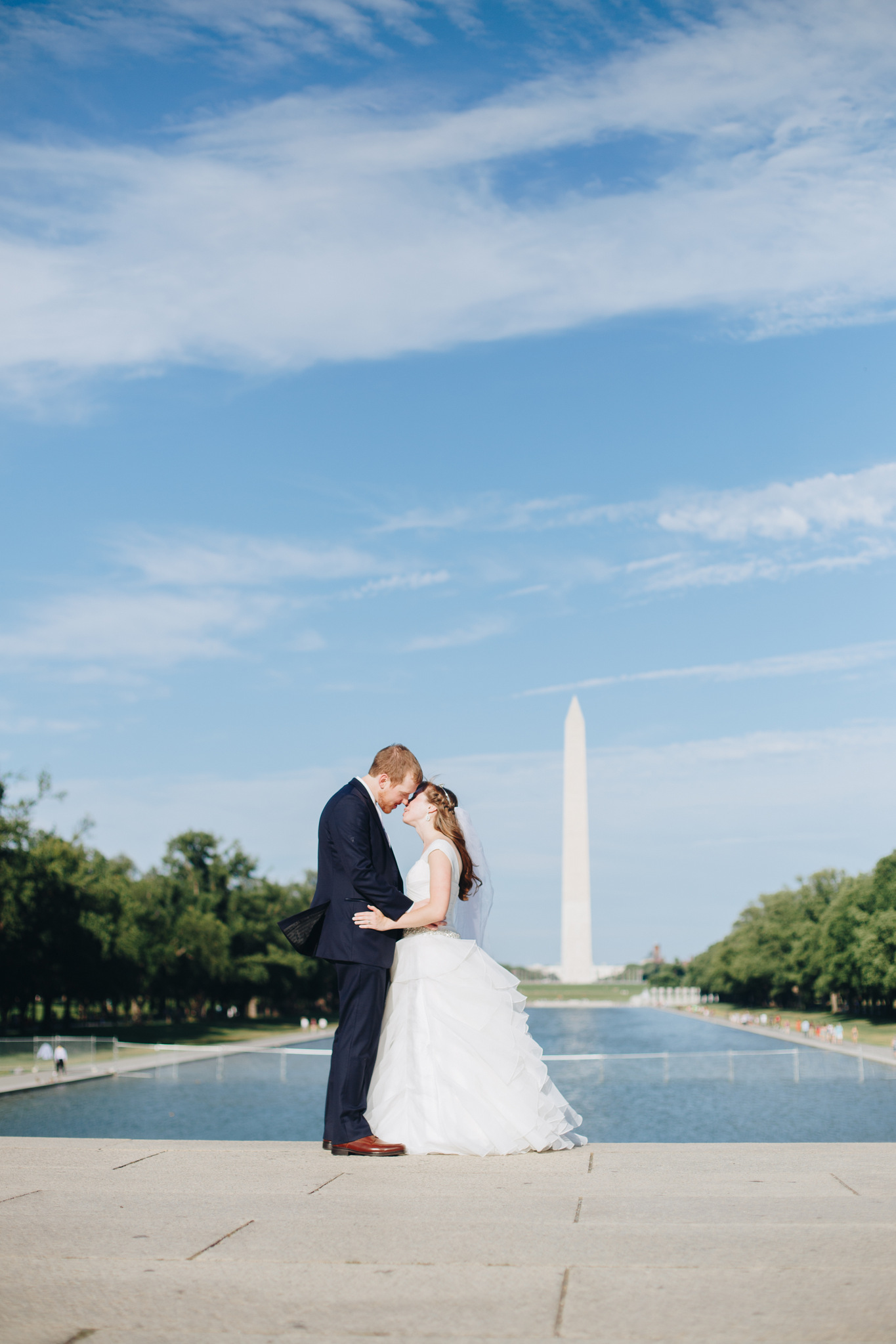 washington memorial wedding couple portrait
