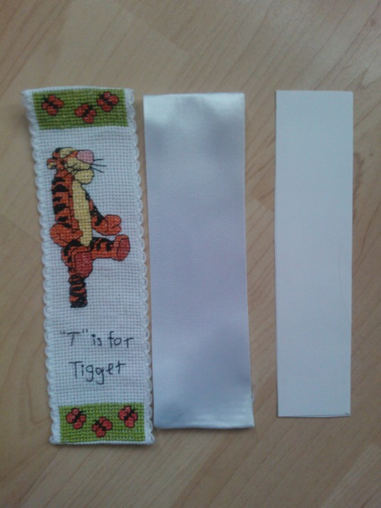 How to back a cross stitch bookmark (4/6)