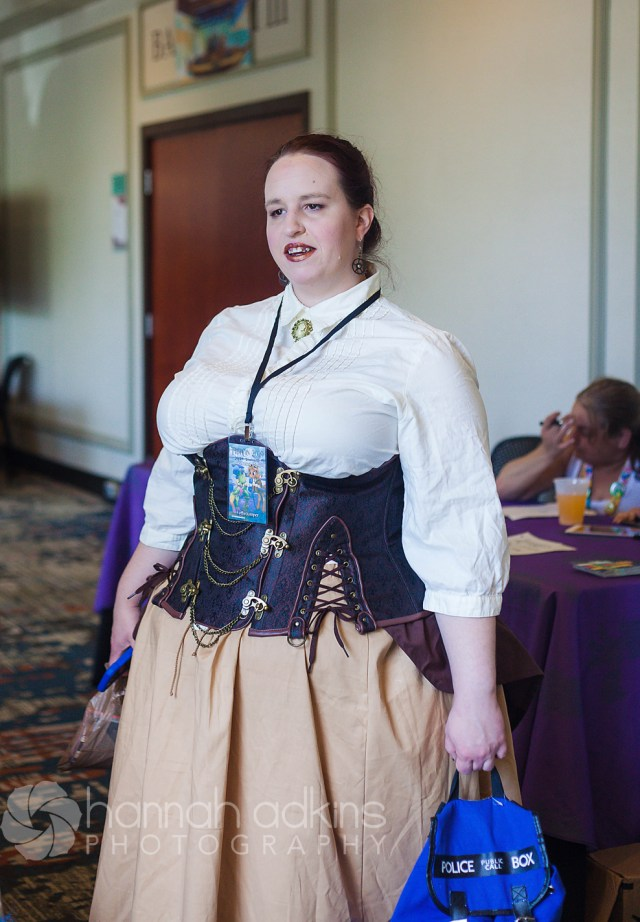Steampunk cosplayer