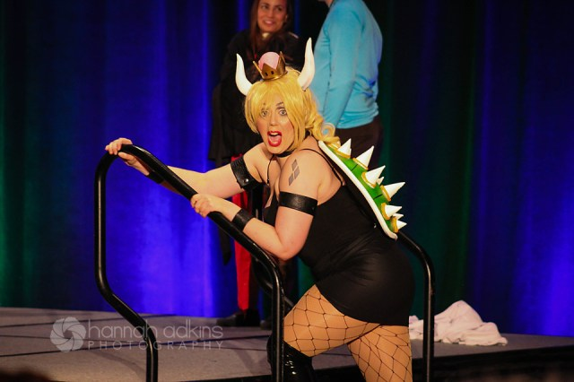 Eden Sitayu performing as Bowsette