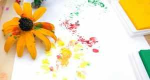 flower stamping craft activity