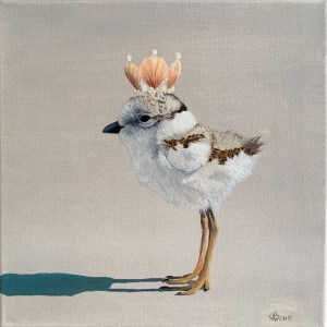 commissioned oil painting of a baby sandpiper wearing a shell crown by Dallas, Texas artist Hannah Brown