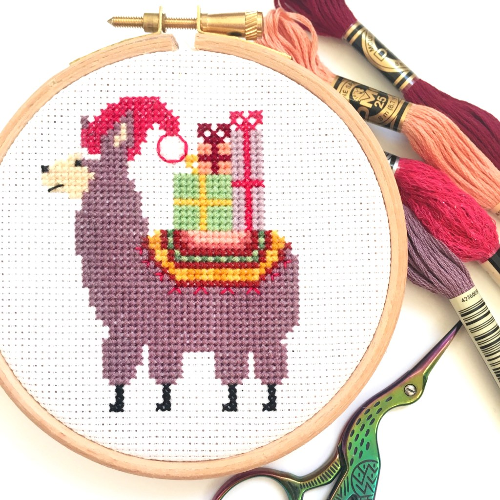 christmas-llama-cross-stitch-hoop-close-up