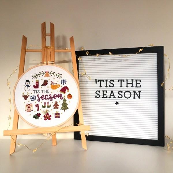 tis-the-season-hoop-display