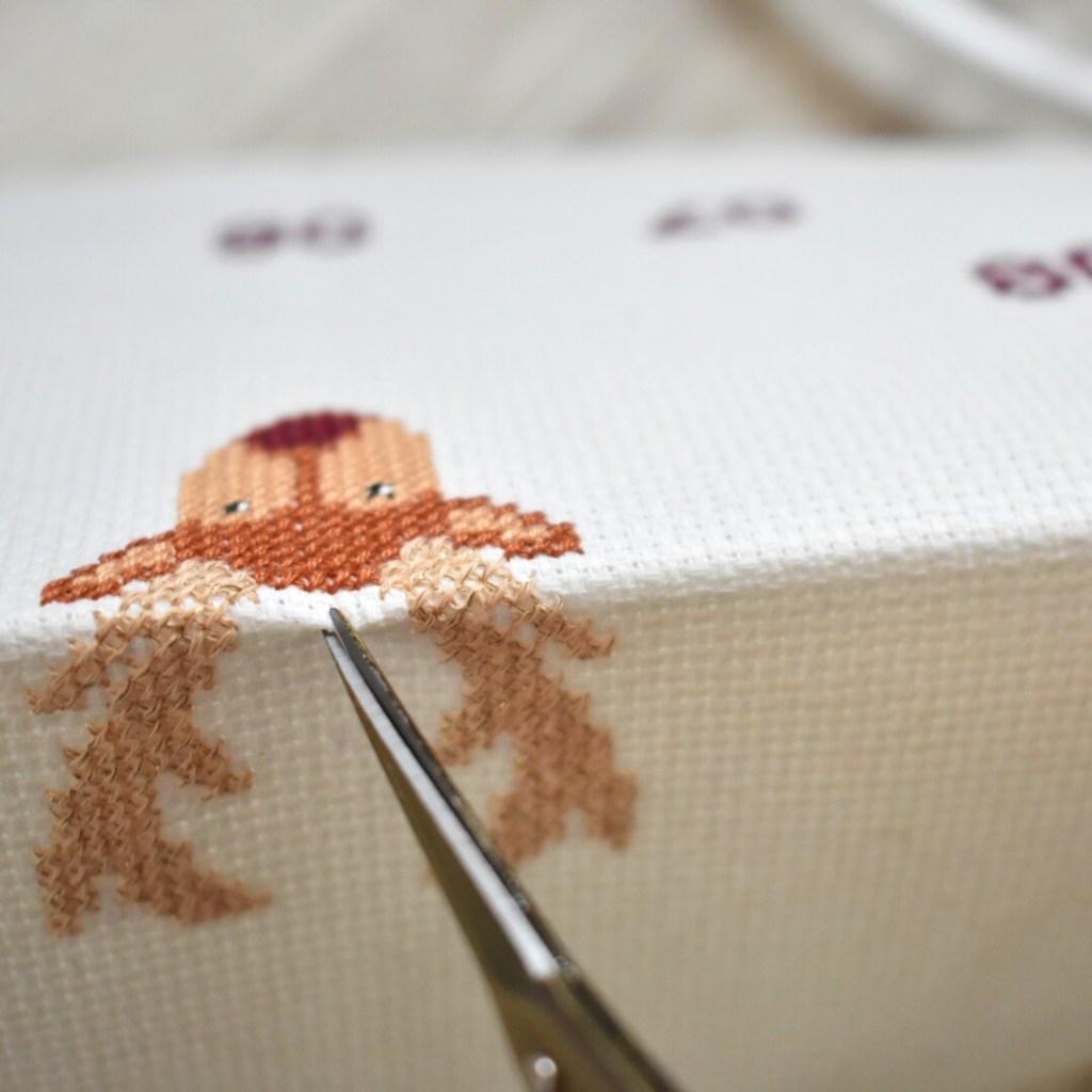 cross-stitch-clock-tutorial-cut-out-hole