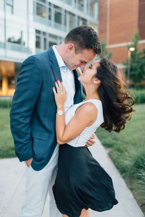 HannahLane Photography - what to wear to engagement photos