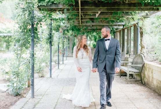 HannahLane Photography - Married During Holidays - Annapolis Wedding Photographer