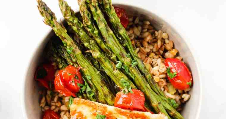 Vegetarian Grain Bowl with Grilled Halloumi