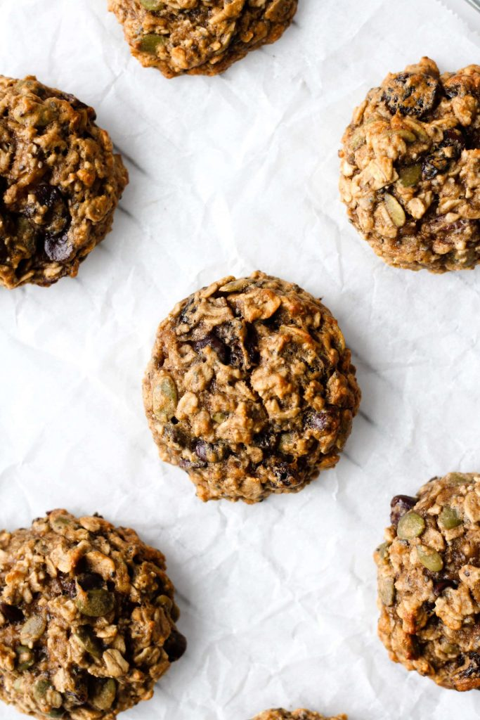 Chewy and healthy breakfast cookies that are naturally gluten-free, vegan and low in added sugar! It's a one-bowl recipe and all you need is 30 minutes to make them. Prep these easy Banana Breakfast Cookies for a healthy breakfast all week!