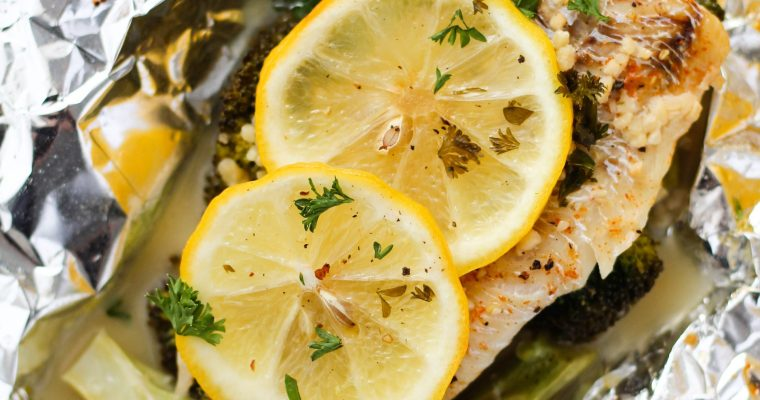 Lemon Butter Foil Packet Fish with Broccoli