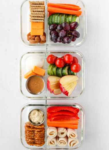 These Adult Lunchables are easy, filling, and high in protein. They're great to meal-prep for quick, easy, and healthy packed lunches. Who says lunchables are only for kids anyways?