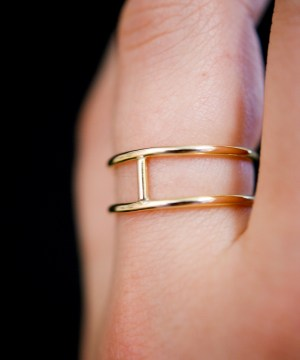 small smooth gold cage ring
