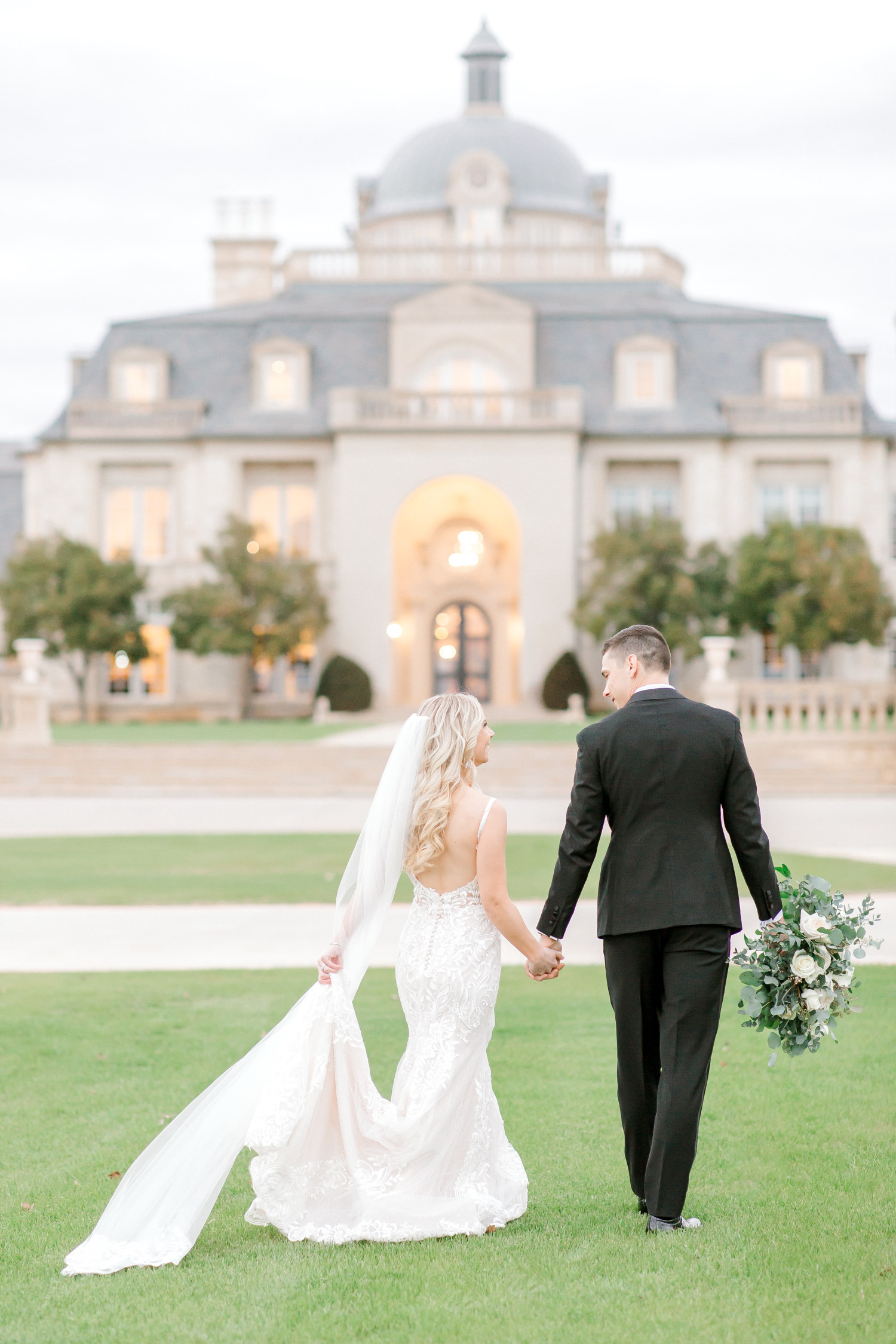 Hannah Way Photography - Dallas wedding photographer - luxury weddings - luxury wedding photographer - dfw wedding photographer - best wedding photographer - Dallas best wedding photographer - The Olana - The Olana wedding - The Olana wedding photographer