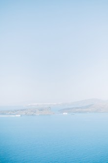 Santorini-wedding-day-portrait-photoshoot0082