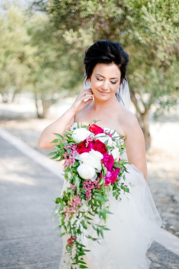 Soaringly Georgeous Wedding in Cretan Province_0006