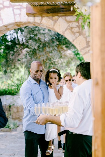 Soaringly Georgeous Wedding in Cretan Province_0038